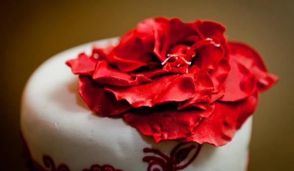 Surbhi Sahni | Cake