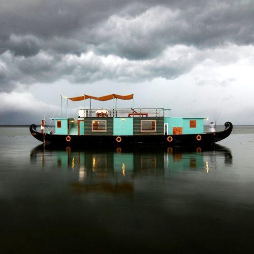 Greaves India boat cruise holidays