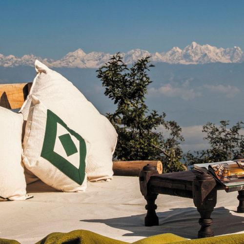 dwarikas-resort-nepal-sofa-and-table-in-the-himalayas