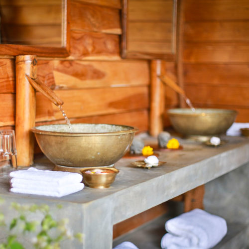 gal-oya-lodge-outdoor-bathroom