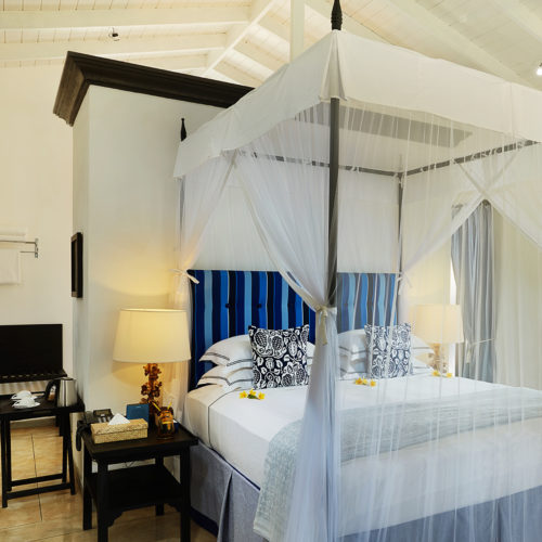 kahanda-kanda-bedroom