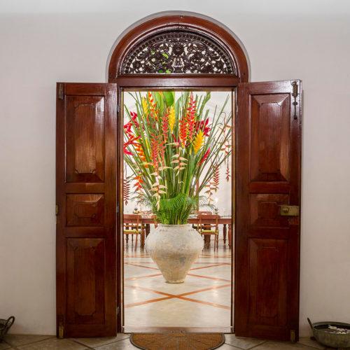 kandy-house-flowers