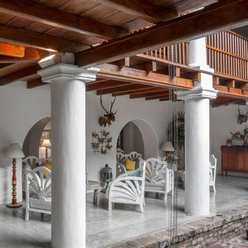 kandy-house-lobby-area