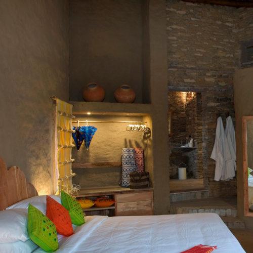 lakshman-sagar-bedroom
