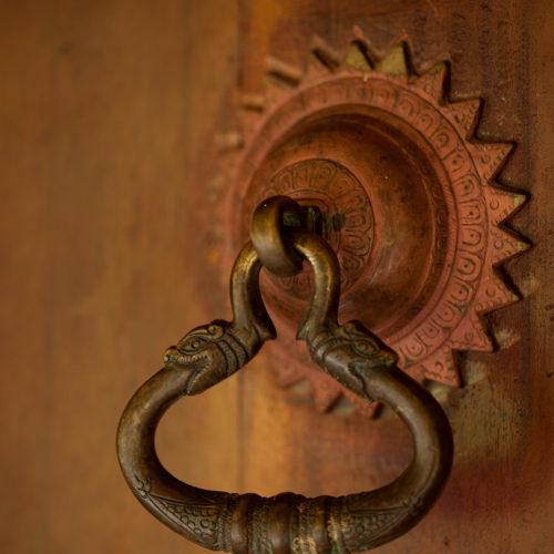 living-heritage-koslanda-door-handle