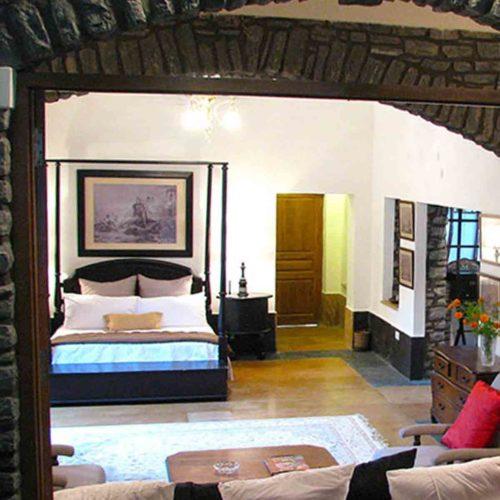 mountbatten-lodge-bedroom
