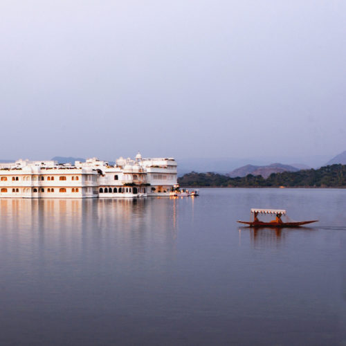 taj-lake-palace-view-over-lake