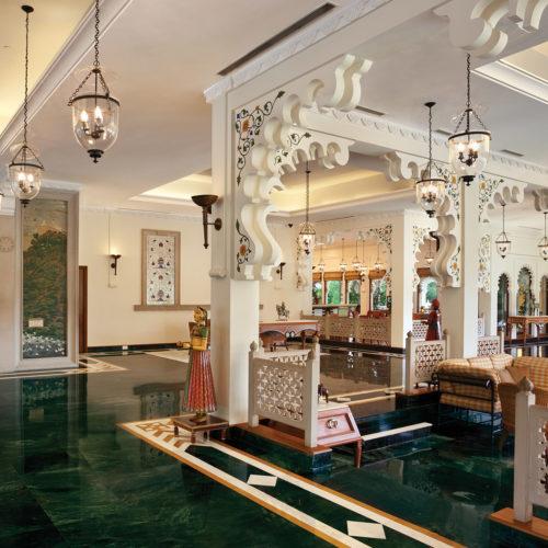 trident-udaipur-rajasthan-lobby-area