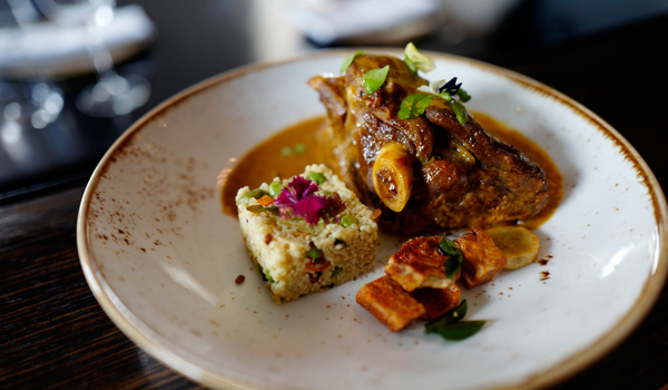 Aki's Indian serves comforting Indian dishes with a haute cuisine twist © Aki's Indian