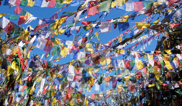 darjeeling_prayer-flags-2_credit-stacey-cramp_istock_thinkstock-http___www-thinkstockphotos-co