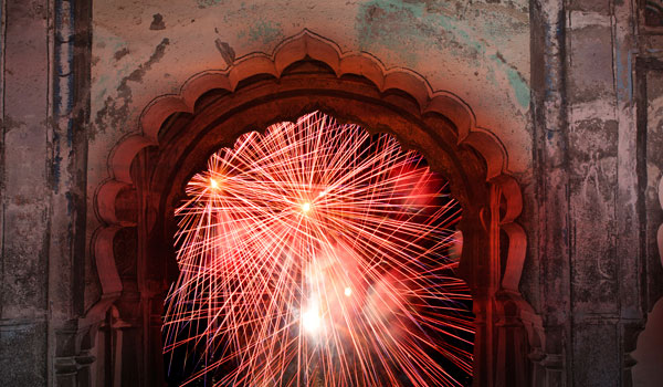 greaves_diwali_fireworks-archway_credit-istock_thinkstock