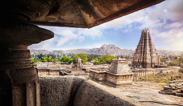 Travellers can also explore Hampi during a luxury train journey © byheaven/iStock