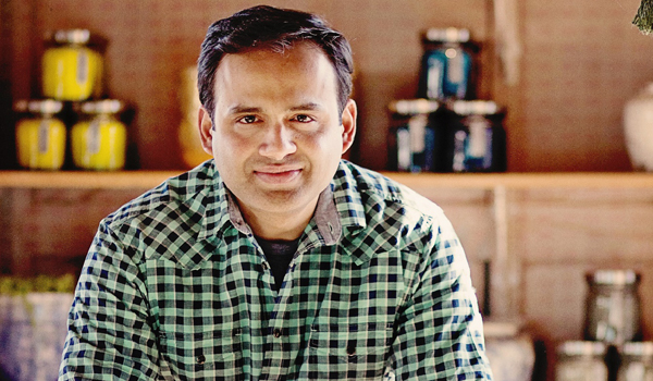 Hari Nayak is a top chef, cookbook author, and restaurateur © Chef Hari Nayak