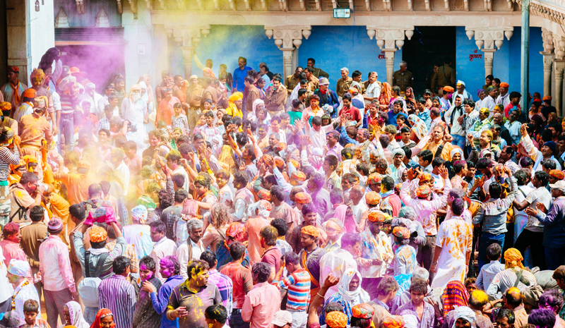 Indian Festivals | Holi Crowd