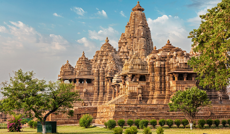 Ashwiny Iyer Tiwari | Khajuraho Temples