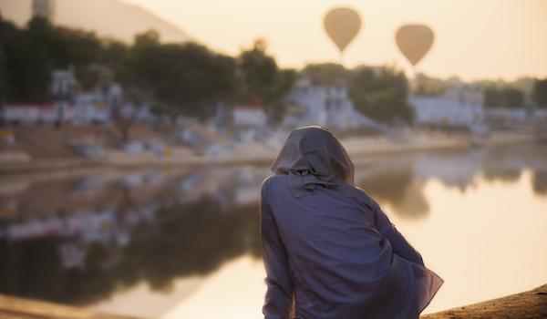 Watching Hot air Balloons