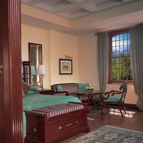greaves_oberoi_cecil_bedroom