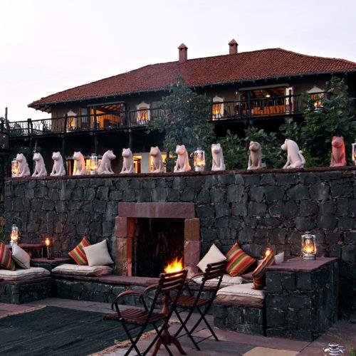 greaves_samode_safari_outside_seating