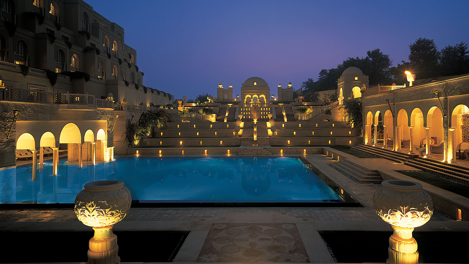 Image result for Oberoi Amarvilas, Agra