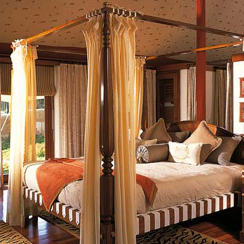 Bedroom at The Oberoi Vanyavilas