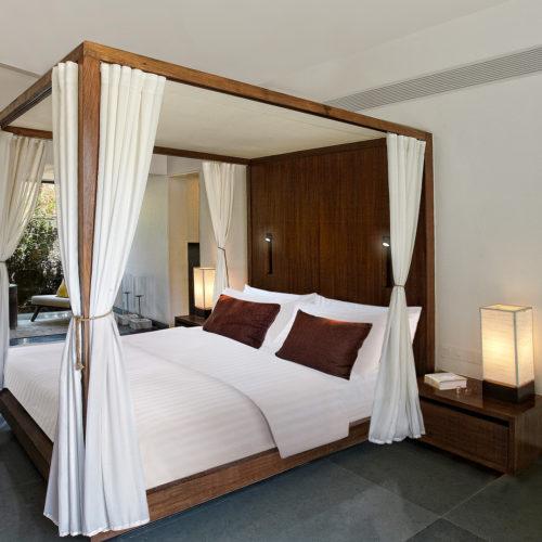 hilton-shillim-estate-bedroom