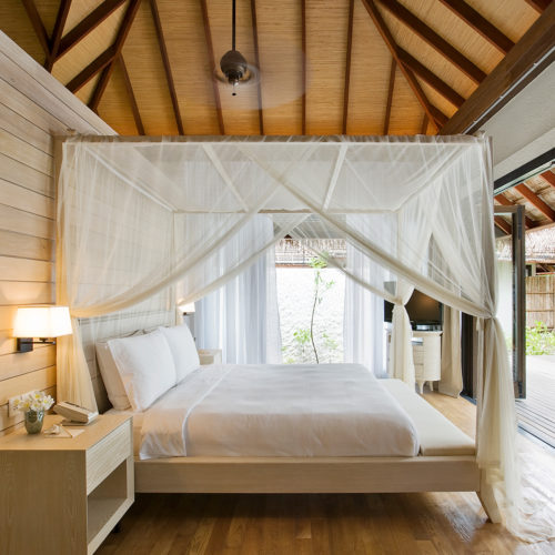 maalifufushi-by-como-bedroom