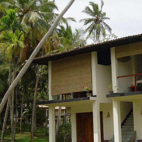 The hotel: Talalla Retreat