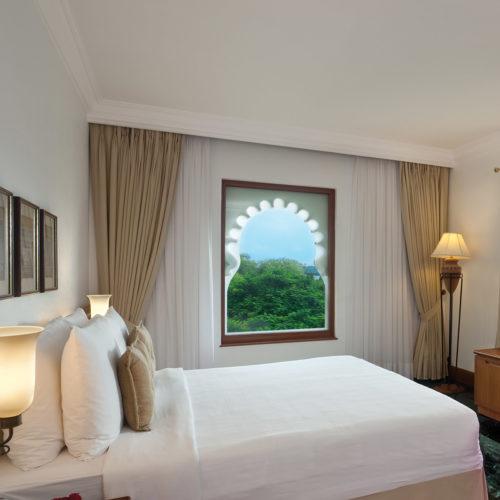 Trident Udaipur bedroom