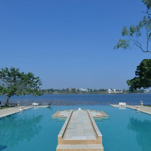udai-bilas-palace-pool