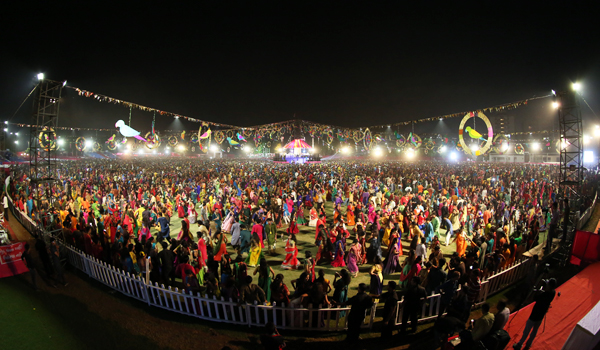Navratri is described as one of the world's longest dance festivals © Gujarat Tourism