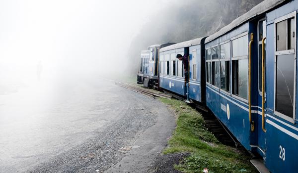 darjeeling_himalayan-railway_credit-flickr-user-matt-paish-https___www-flickr