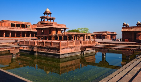 fatehpur-sikri-nickolay-stanev-shutterstock