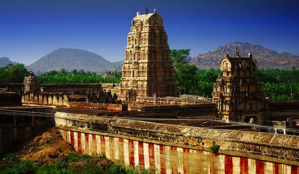 greaves_south_indian_art_hampi___shutterstock_user_jool-yan-resized