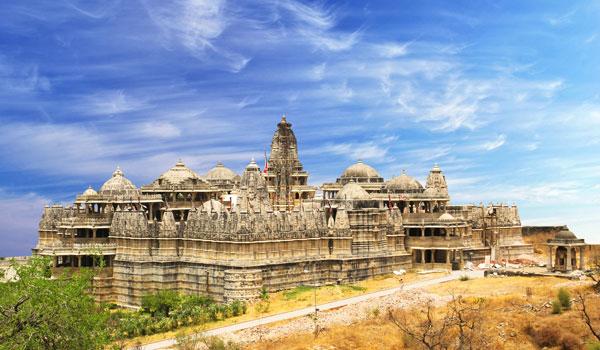 jain-temple-at-ranakpur-_-waj_-shutterstock