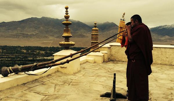 ladakh-trek-_-monks