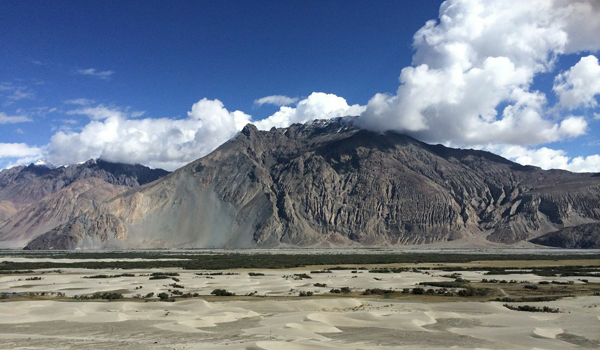 ladakh-trek-_-mountain