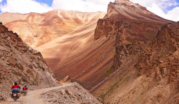 Hilly Ladakh draws adventurous travelers with its rugged scenery © kiramogilenskikh/iStock