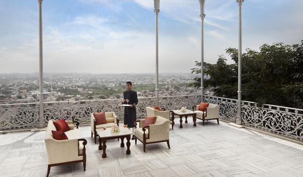 taj-falaknuma-palace-hyderabad-gole_terrace__