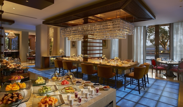 the_dining_room_at_the_leela_palace_udaipur_-_2_copy