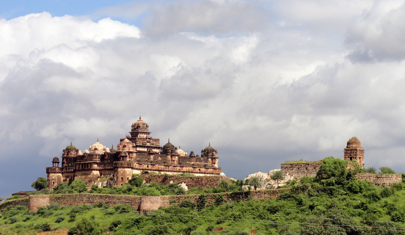 Landmarks in India | Datia Palace
