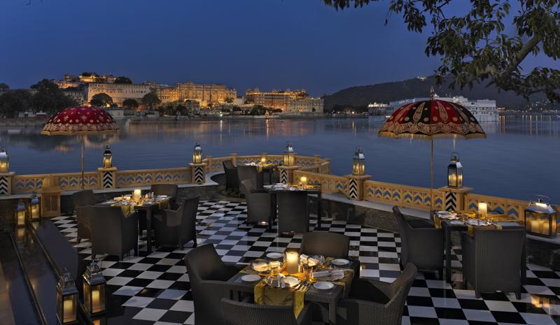 Best Restaurants in India | Sheesh Mahal