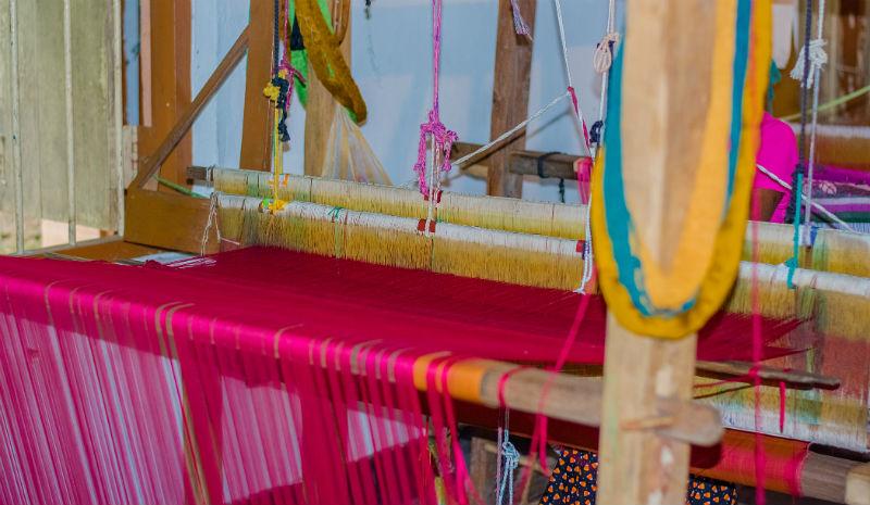 Shopping in Sri Lanka | Traditional handloom