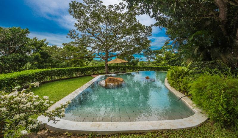 Kahanda Kanda | Dubu infinity pool