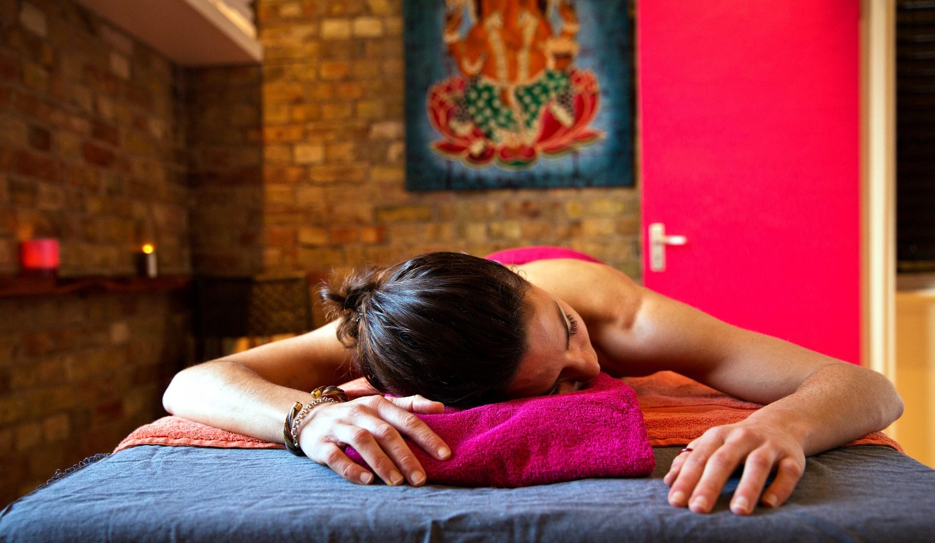 Best Ayurvedic Massage in London | Jivita