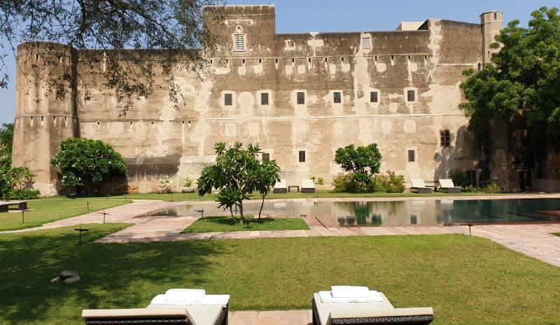 Deeppurah Garh Pool