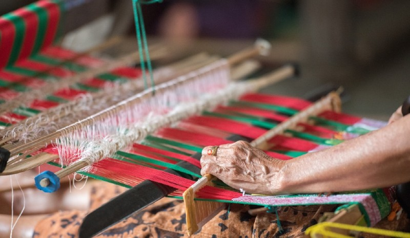 1 Indian Experiences | Weaver