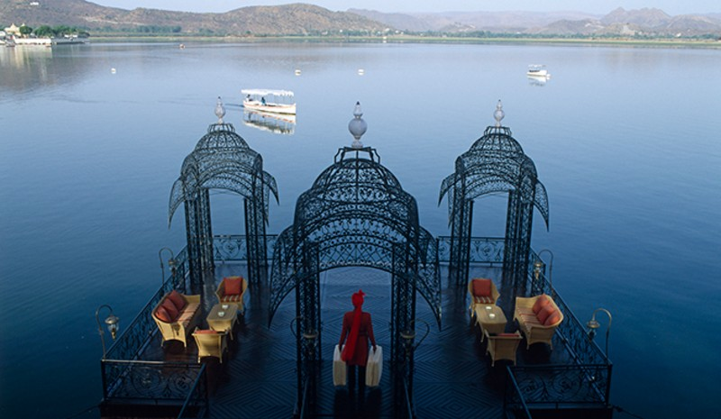 49 Indian Experiences | Lake Pichola Taj Lake Palace